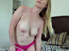 Блондинка дилдо игрушка трансвеститы дрочат