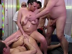 Порносекс групповуха с толстушками фото 784-259