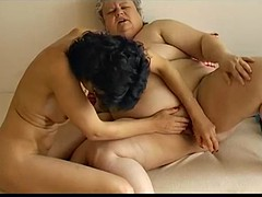 Порно видео бабуля лезбиянка