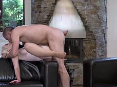 Растянутое влагалище мамы.порно видео