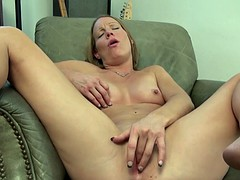 Elderly dutch amateur masturbating with her sexy fingers