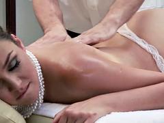 brunetka masaż porno