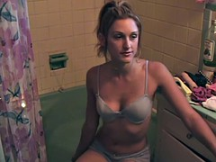 Sexy amateur babe takes a hot bath in her underwear