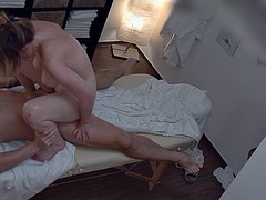 Sexy massage turns hardcore milf to fuck with orgasm