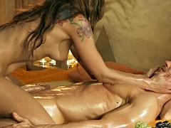 Masturbation massage from a gorgeous blonde