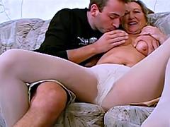 Жесткий секс старых женщин, шмели ебутся секс видео