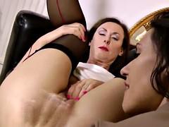 dojrzałe lesbijki mama zdjęcia domowej roboty mamuśki porno