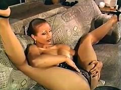 Порно доминирование женское сидя на лице
