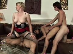 Свингеры группа бисексуалы