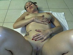 Lelyu love-cum rubbing and oil on my naked body