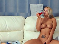 Beautiful blonde ass and pussy dildoing