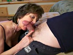 Good looking granny made to cum by her gyno doctor with a fucking machine.