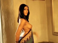 pretty indian babe being sexy