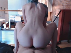 blue hiared reverse cowgirl then blow job