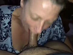Milf giving sweet and deep DT