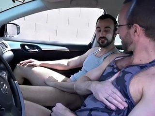 Hairy athlete masturbates her boyfriend in the car in a sensual session