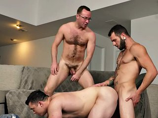Torn muscle messenger barebacking in a threesome with stallions