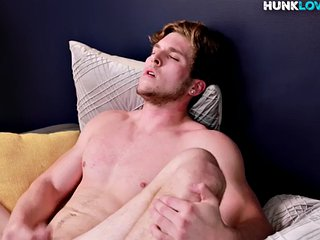 Muscular amateur strokes his cock for cum