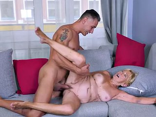 Wrinkled gilf suck before getting pounded from behind by bf