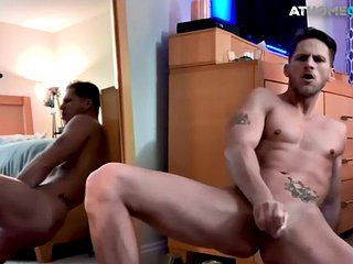 Muscular amateur toying with her asshole and wanking the shaft solo
