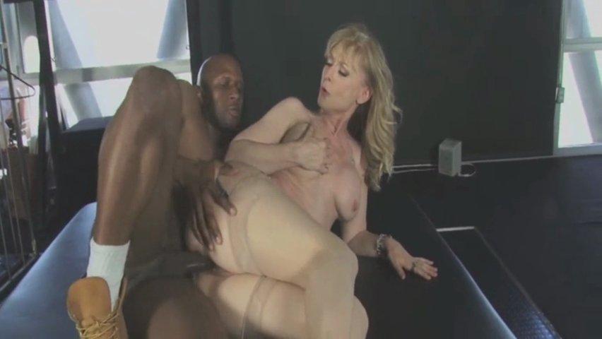 seks-anna-malle-i-nina-hartli-semki