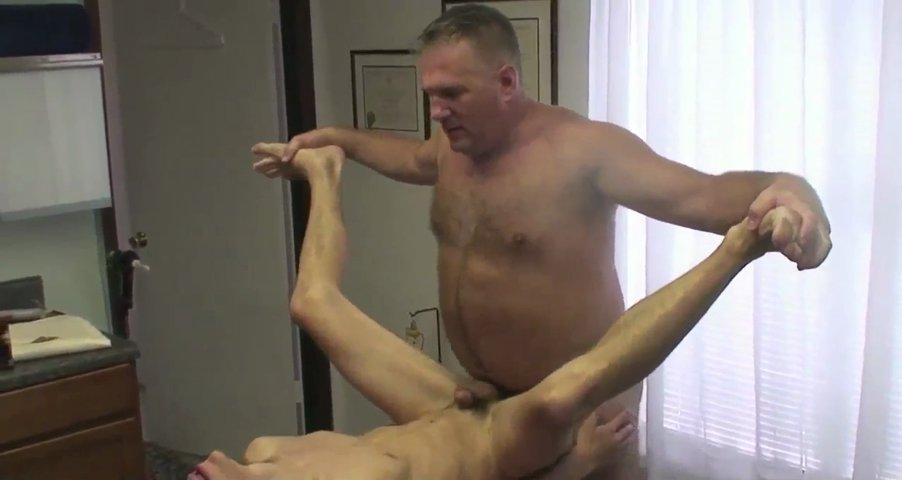 Gay πορνό, Μπαμπάκας