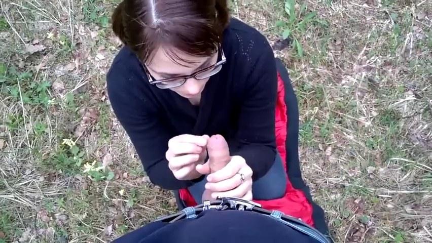 Ehefrau Miniarsch Inzest Deepthroat