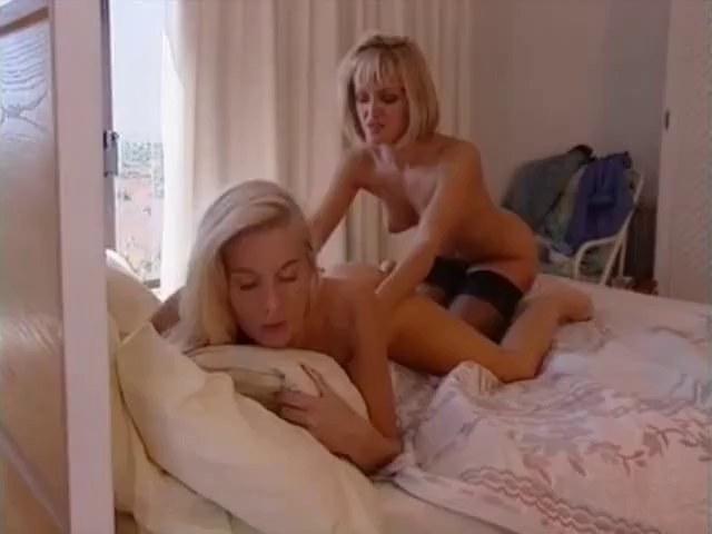 Lesbienne jeune vieille-8887