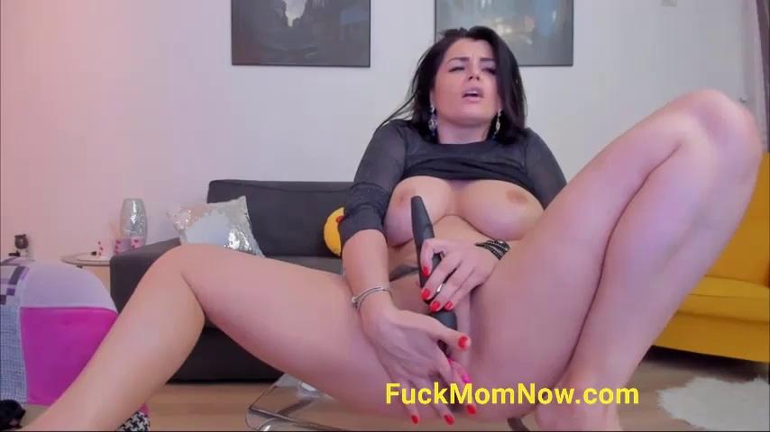Solo Amateur Ebony Orgasm