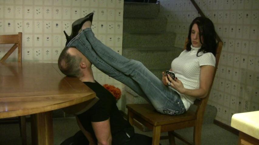 нюхай мои ноги раб секс