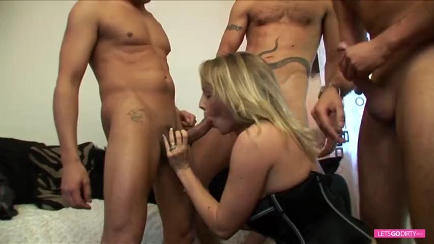 Nutte Taetowierte Pantyhose Sexorgie