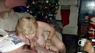 Dick oma nackt 60 Granny