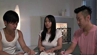 Die Asiatin Lana Croft Ist Eine Professionelle Deepthroat-Maniac