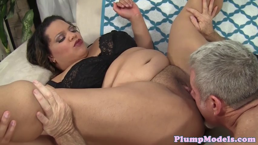 Pussylicked Bbw Shakes Her Hugetits 1